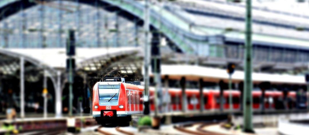 無座火車票為什么不能半價?:火車臥鋪圖片硬臥