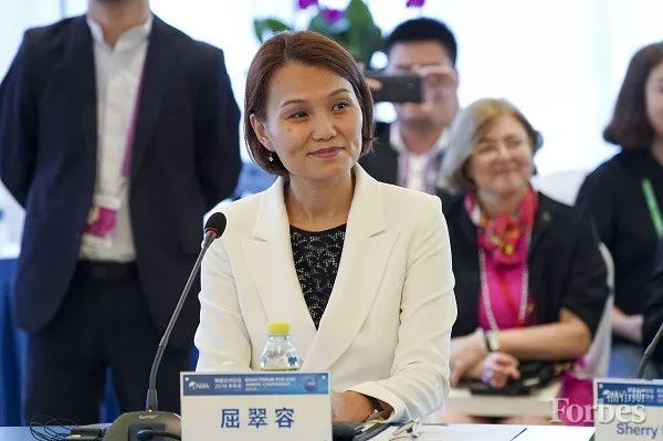 百胜中国CEO屈翠容:中美贸易摩擦无明显冲击:中美贸易摩擦