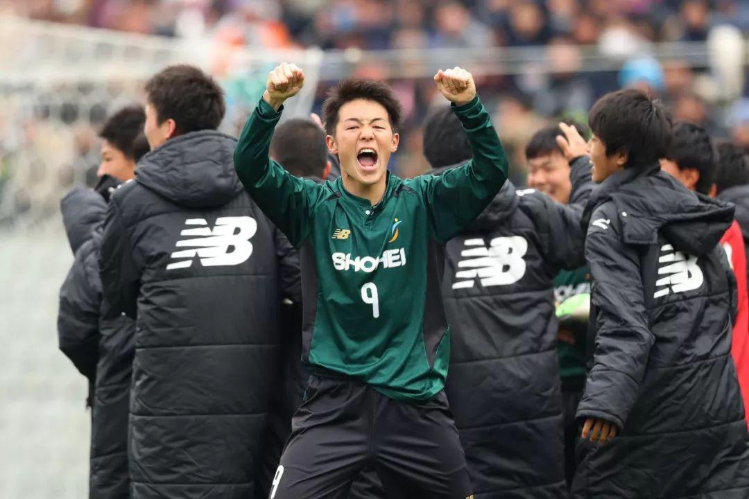 左手校园足球,右手青训系统,日本足球是若何养成的?