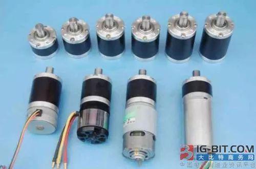 12v电动滚筒无刷减速电机,「知识」微电机的3大分类!你所不知道的电机用途_控制