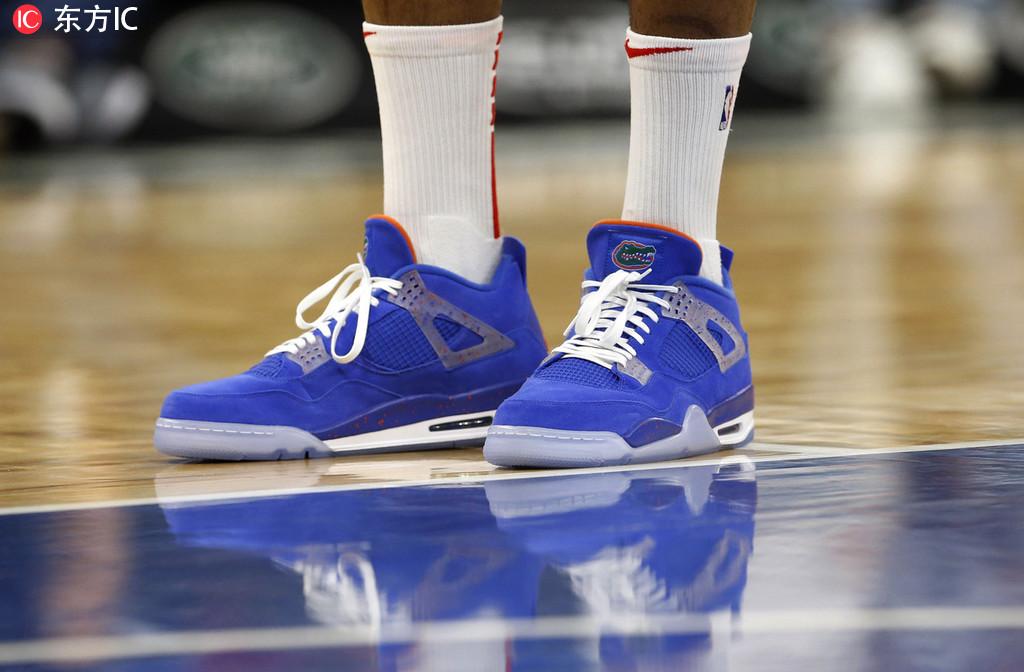 14日NBA球鞋上脚一览:库里11记三分对飙东契奇 NBA新闻 第4张