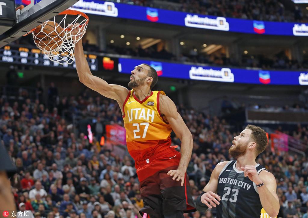 戈贝尔:25篮板是团队努力 隔扣庄神展示侵略性