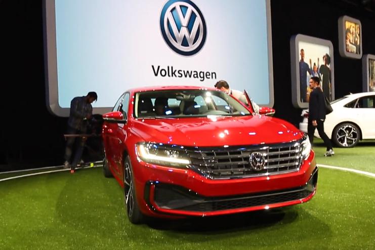 北美车展原创视频:大众发布2020款全新帕萨特-汽车发展史