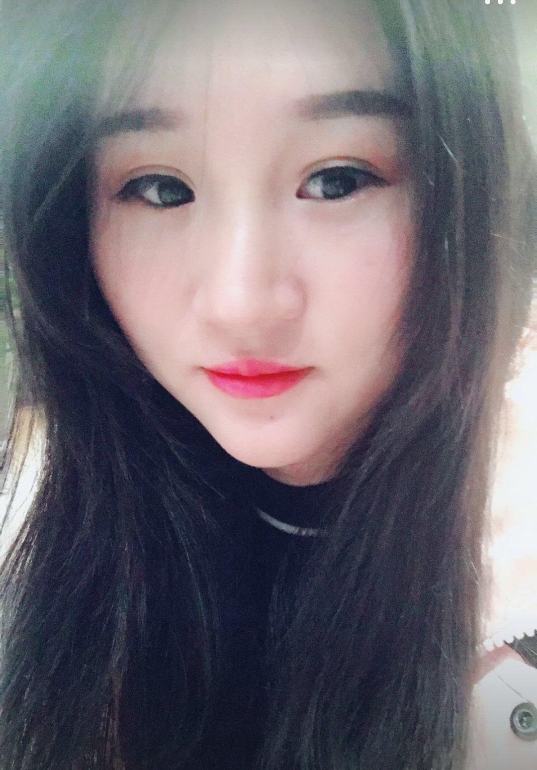 张大仙跟梦泪的女朋友,看到她们照片后,网友 差距怎么这么大图片