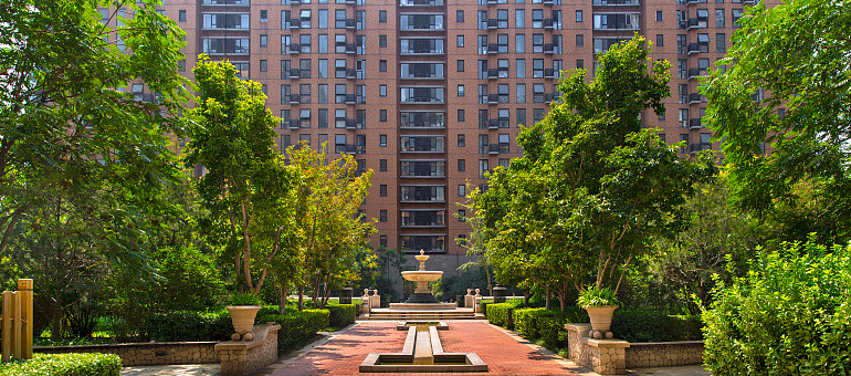 2019地产商排行_中国富豪榜2019排行榜房地产行业:7位富豪入围前十名