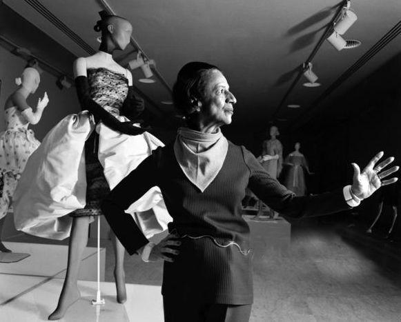 人物 前《VOGUE》主編時尚屆女魔頭 — 戴安娜·弗里蘭 形象穿搭 第22張