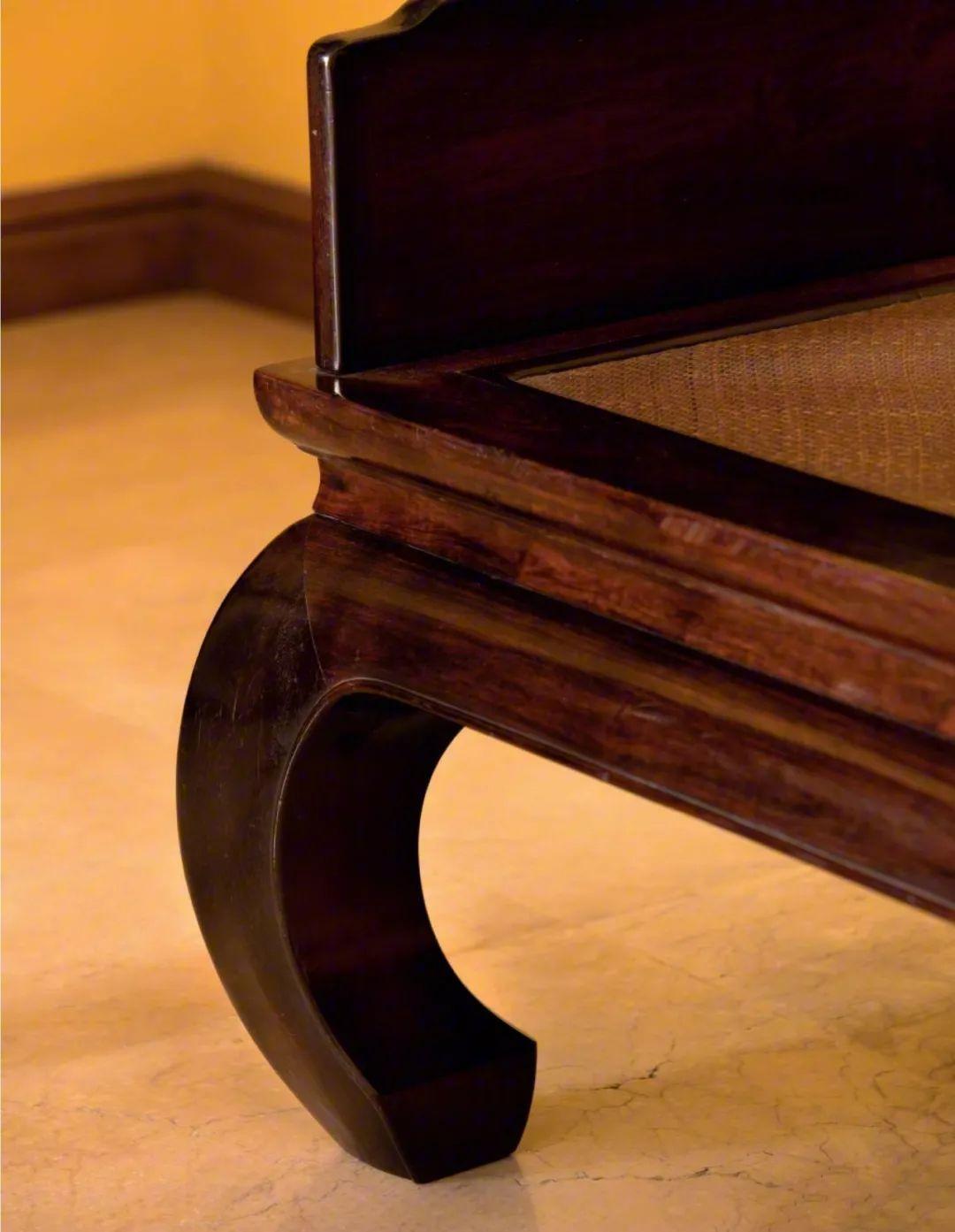 圈椅的腿为什么是斜的?