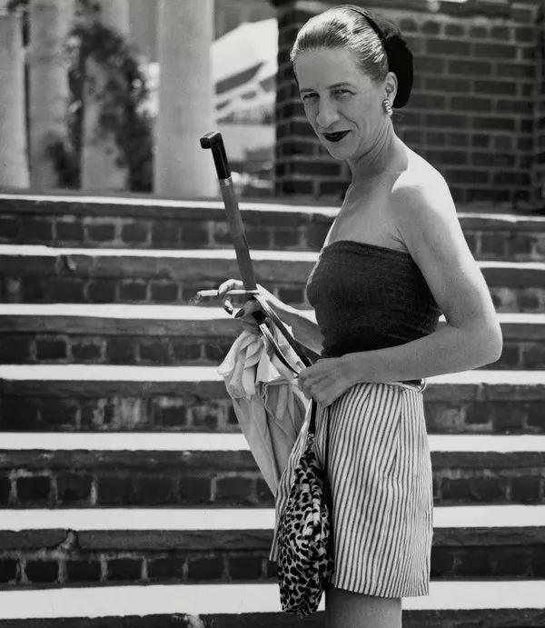 人物 前《VOGUE》主編時尚屆女魔頭 — 戴安娜·弗里蘭 形象穿搭 第10張