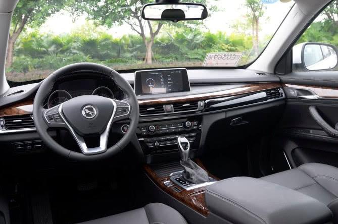 车标如法拉利内饰像宝马X3实际名X720T却只卖7万