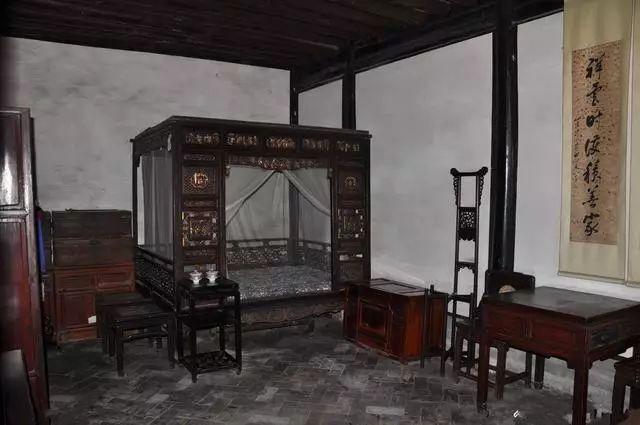 红木卧室——这样搭配,你喜欢哪种?-原木护墙板