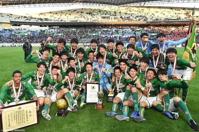 这两位主宰日本高中联赛决赛的学生,职业俱乐部内定重点培育对象