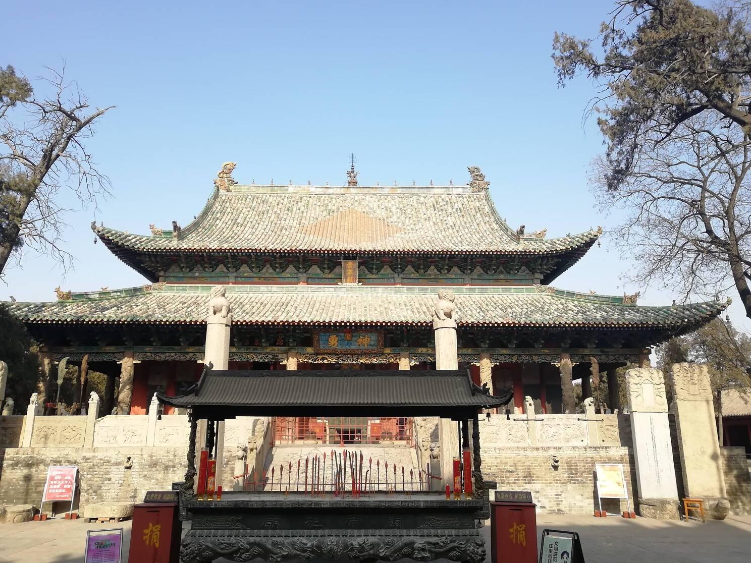 中国关帝庙千千万,为什么最大的关帝庙一间房子有那么多匾额?