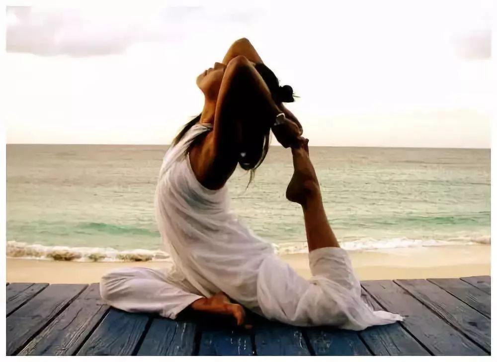 练瑜伽的好处 瑜伽减肥 塑身瑜伽 瑜伽入门 瑜伽基本动作