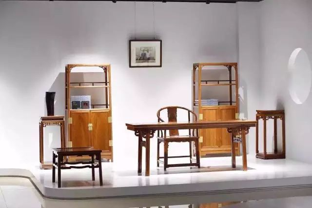 红木书房,一个家庭最好的不动产-名贵木材