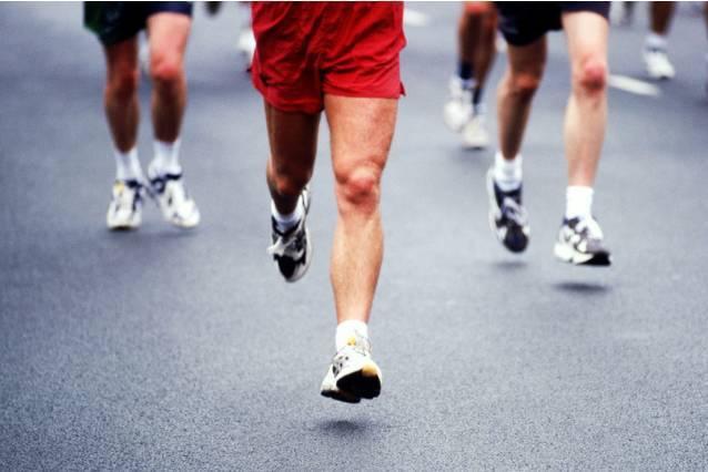 膝盖疼适合什么运动减肥图片