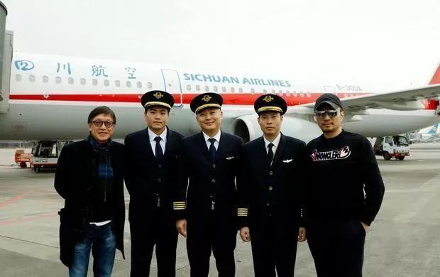 揭示大国故事、大国情怀的主流大片 《中国机长》今朝正在园区求助的拍摄中