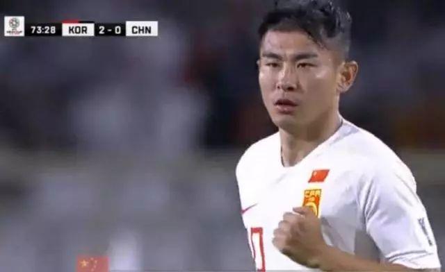 于汉超确认告别亚洲杯,搏命打法让国足很受伤!