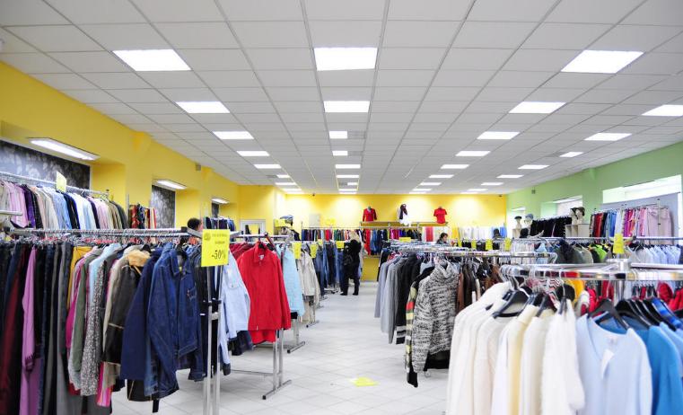 没有店铺怎样在抖音上卖衣服,在抖音上卖服装有几种方法
