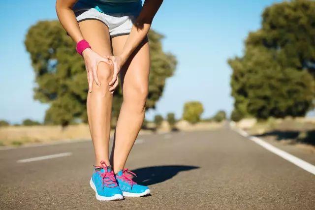 膝盖疼做什么运动好图片