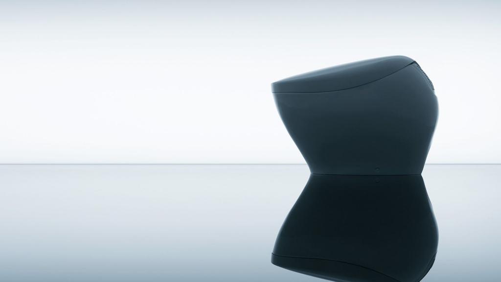 "TOTO 发布了一个很""优雅""的马桶,全智能化的操控才是它最性感的一面"