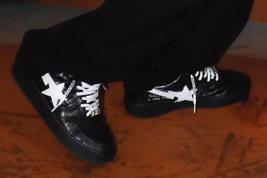 潮闻快食 Off-White™ x BAPE®联乘鞋款遭曝光;Reebok