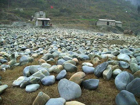 好多石友只图方便,用这种方法买石头,结果亏得一塌糊涂!-书画收藏