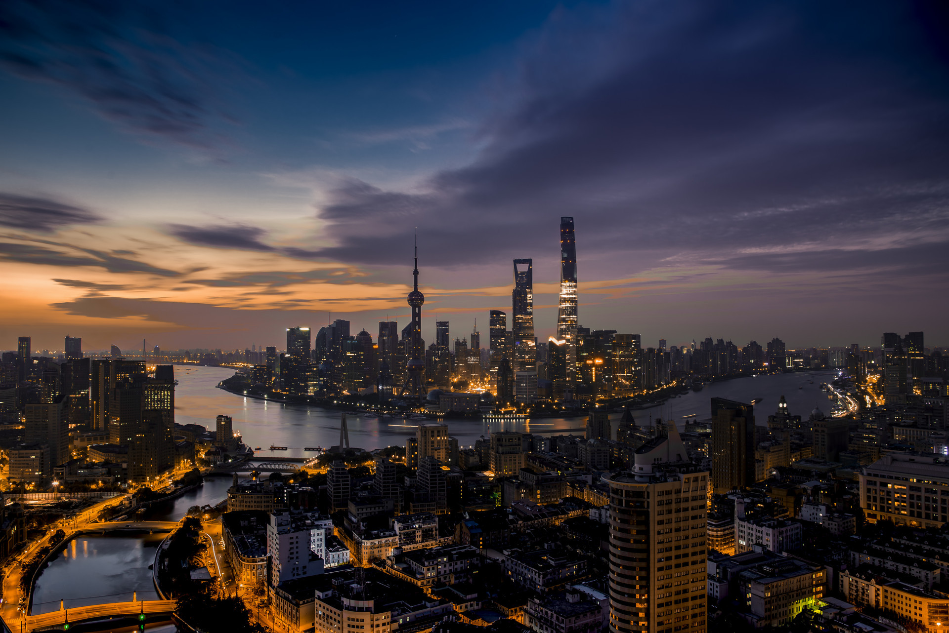 """国民经济流向:楼市占80%,股市占1%;楼市未来""""下场""""已明了! 股市是国民经济的晴雨表"""