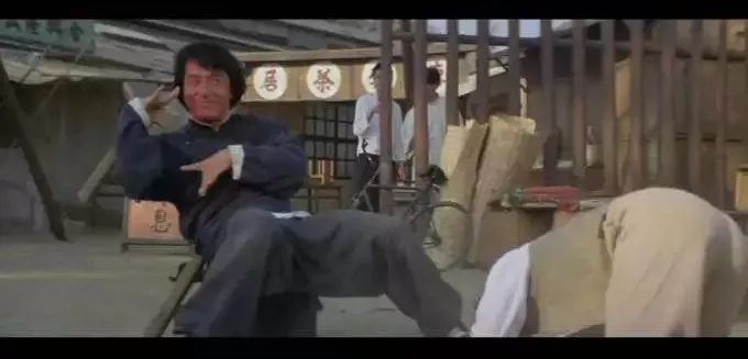 动漫 正文  在徐克的剧本中,李连杰与赵文卓版黄飞鸿最厉害,最帅气的图片