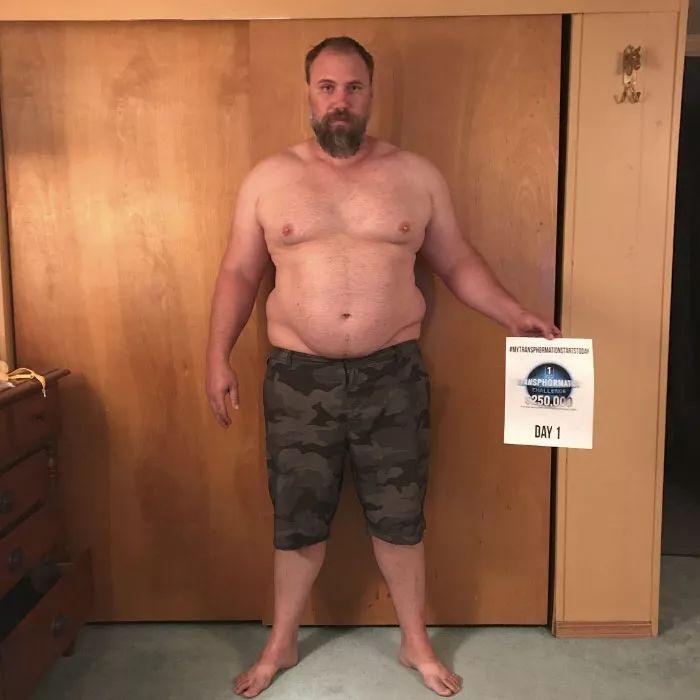 """39岁""""老爹"""",从啤酒肚变身腹肌型男只用了6个月,他说这就是男人对家庭的"""