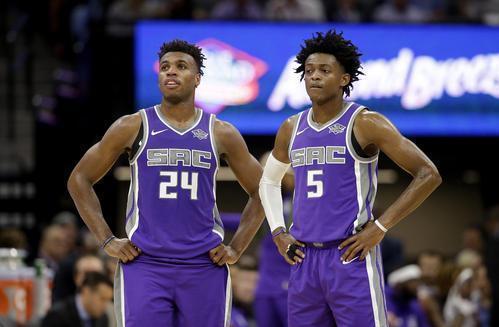 原创本赛季NBA国王双后卫星光闪耀有望共同竞争最快进步球员