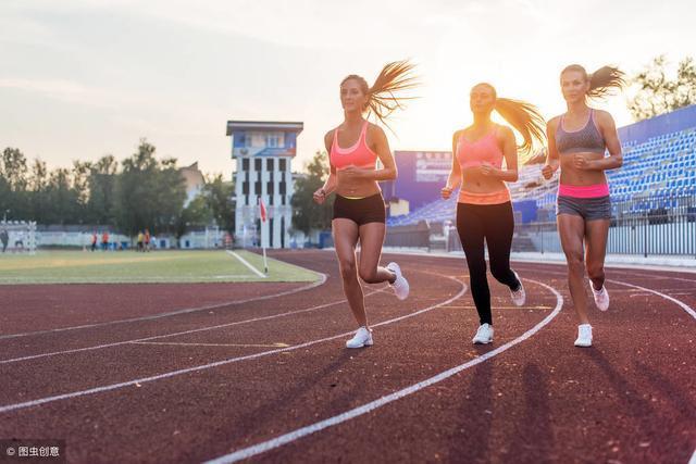 跑量与成绩是一种正相关关系,而不是一种正比关系!