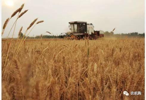 全国农作物耕种收综合机械化率超过67%_农业