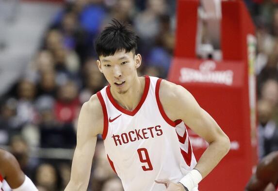 名记:周琦约10天前返休城 本季很难再签NBA球队