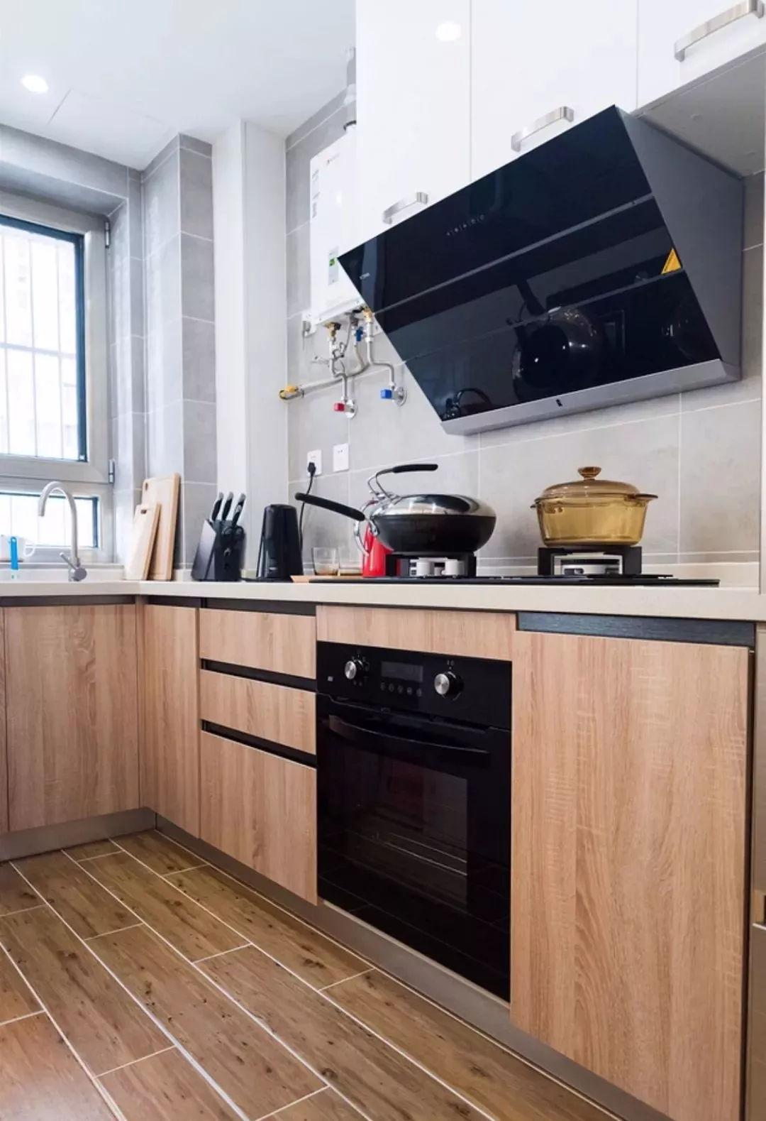 木纹砖装在家里可真是舒服_木地板