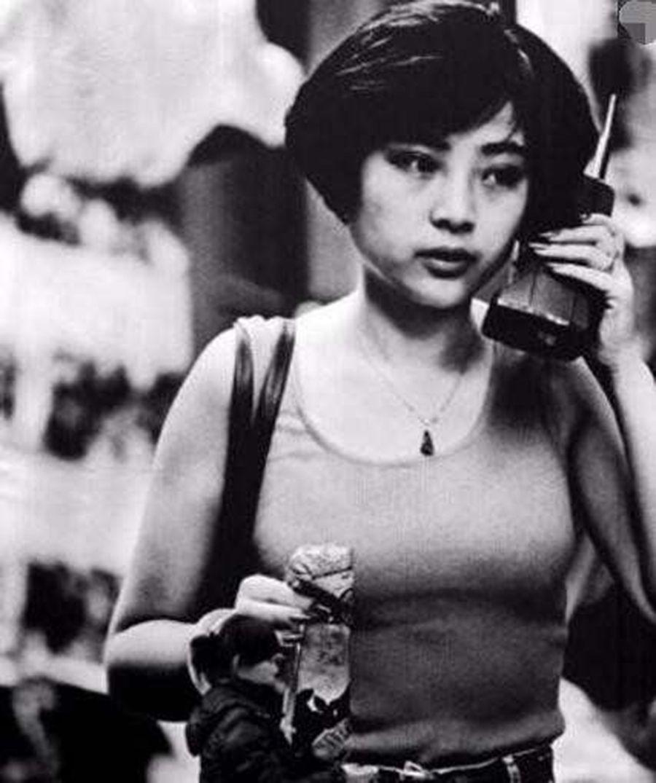 八九十年代的廣州:大哥大街頭隨處可見,一片繁榮圖片