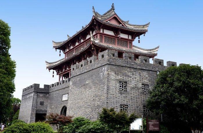 复建的桐城东作门