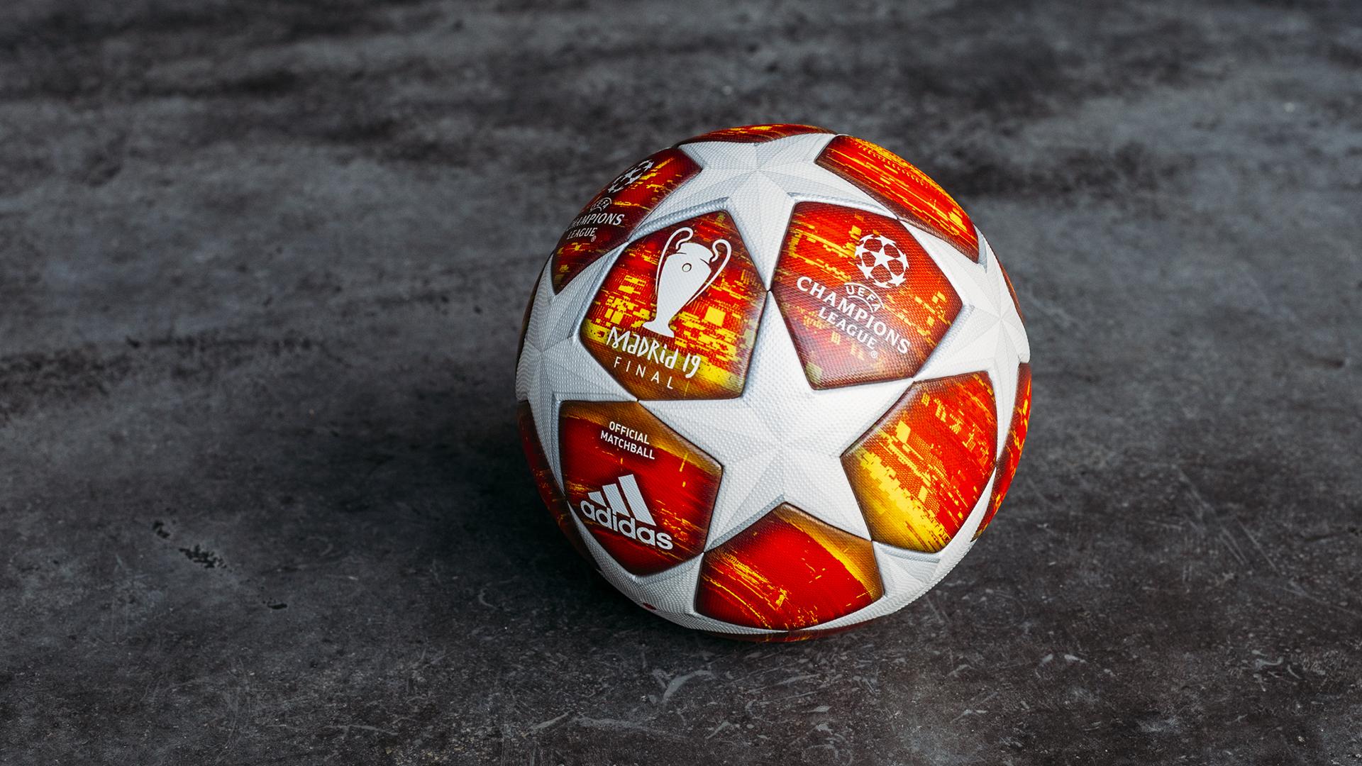 阿迪达斯揭晓本赛季欧冠决赛用球红橙相间醒目
