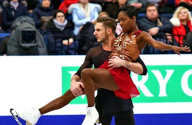 花滑欧锦赛双人法国强档居首 卫冕冠军掉误暂列第二