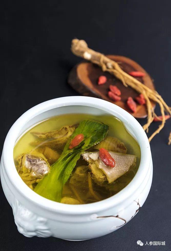 乳鸽正文幸福的冬夜,喝上一碗美食美食汤,是十分寒冷的事~主菜人参创新图片