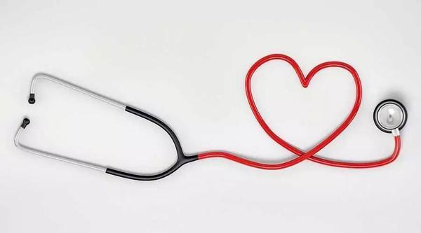 血管越硬越短命,特别30岁以上!5种方法促进血液循环,软化血管
