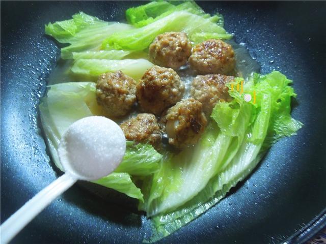 9,加入做法蛋肉丸子广西酸笋炒鹌鹑螺丝图片