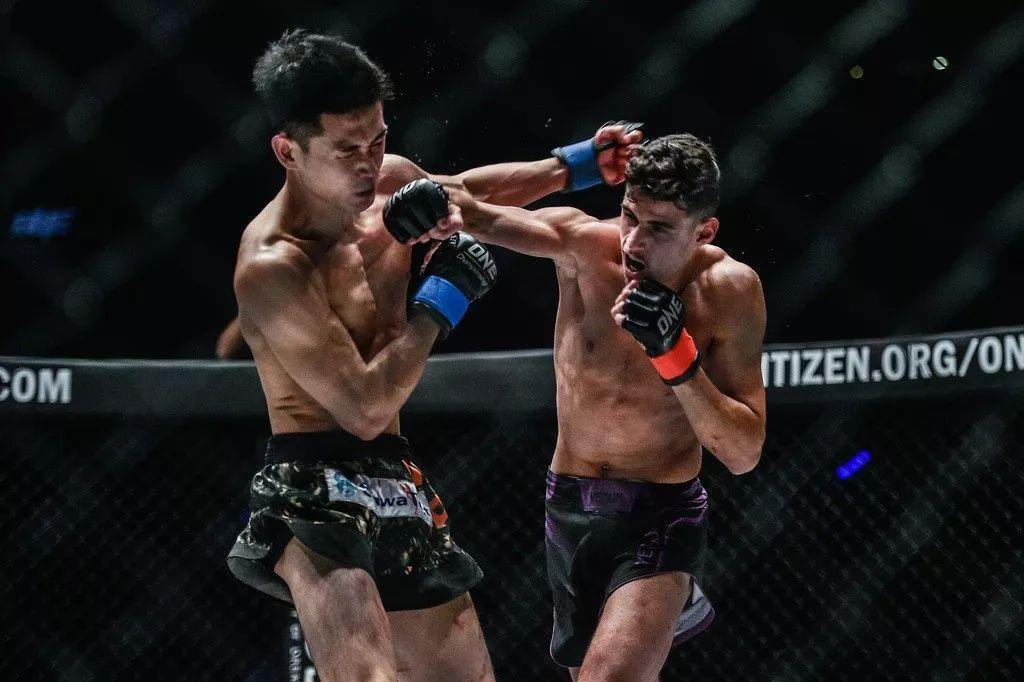 2019年1月25日ONE冠军赛:龙跃云津 - 直播[视频] 樊荣/唐凯-出战
