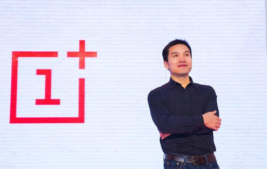 最赚钱的手机品牌,日赚2.3亿是华为3倍,国产自愧不如