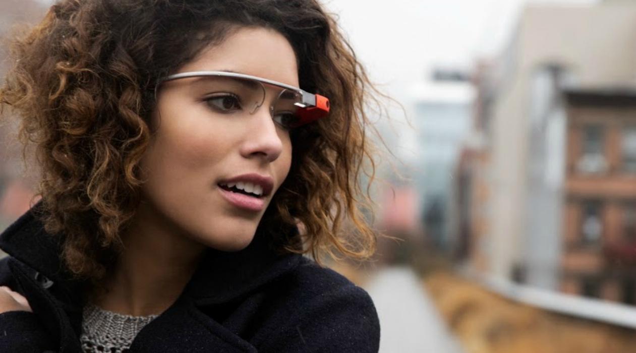 Google 眼镜还没死,AR 眼镜也没凉,它们只是成了生产力工具