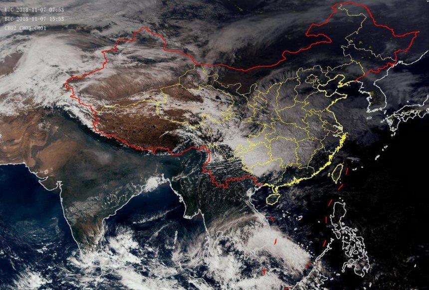 90W成台基本确定!走出西北太平洋边界,98C会成为下一个台风吗?