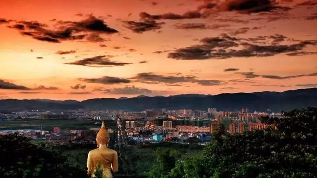 一个远离寒冬雾霾,休闲养生度假天堂-它就是云南西双版纳!