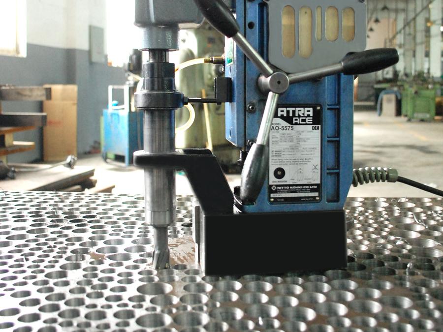 钢结构钢板钻孔用那种空心钻头速度比较快?