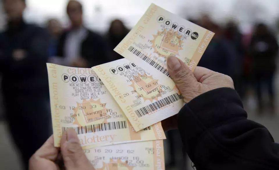 惊呆!男子买彩票发现漏洞,获利1.8亿!官方:合法有效!到底什么秘诀?_杰里·塞尔比
