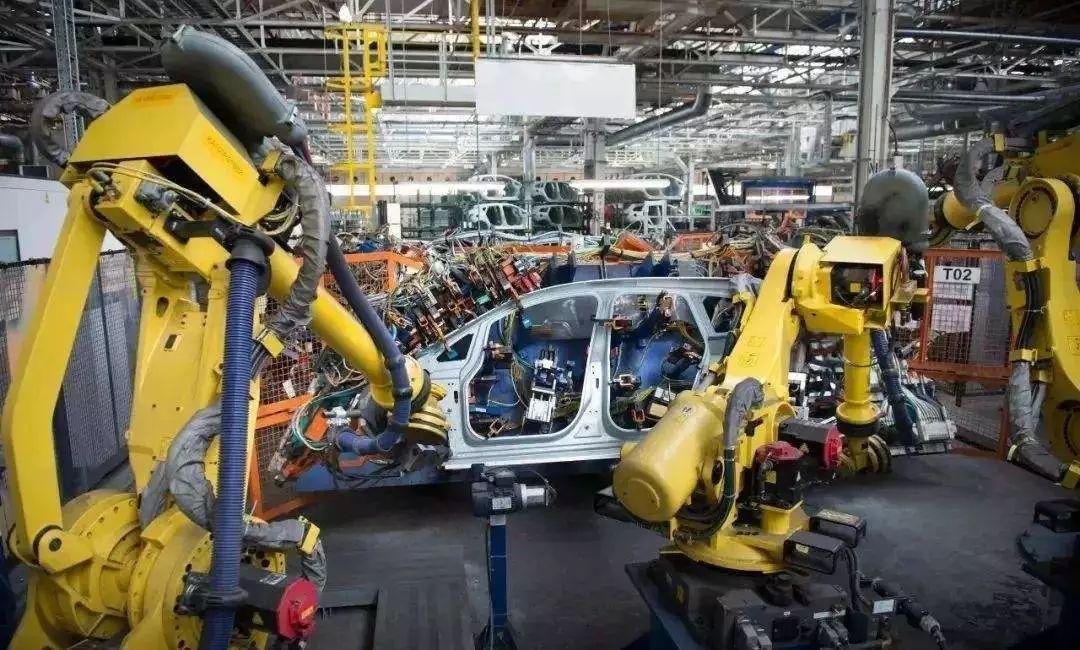 制造_七大支柱产业唯一下滑 | 重庆汽车制造业整体降速17.3%_企业