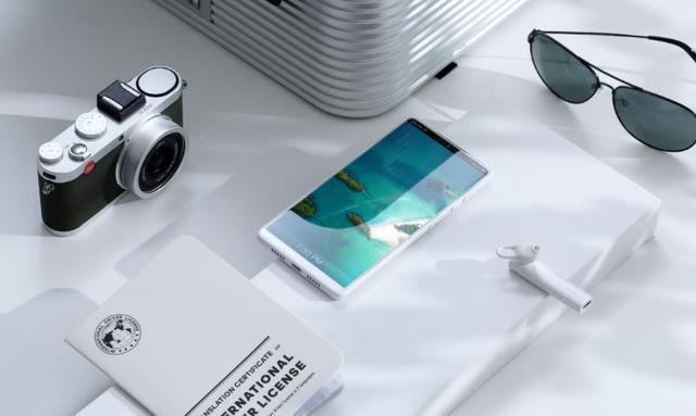 锤子触底旗舰手机坚果R1降价性价比颇高!